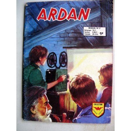 ARDAN N°37 - 7 GARNEMENTS ET UNE CAMERA