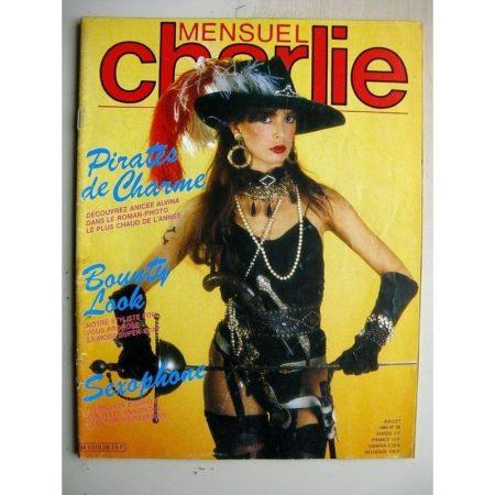 CHARLIE MENSUEL N°28 (1984) L'amour à la bouche (Lucques) Dracula (Crepax) Sarvane (Bernet - Segura)