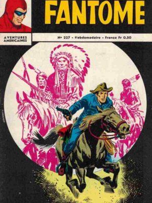 LE FANTOME N° 227 Le dieu tombé du ciel – Remparts 1969